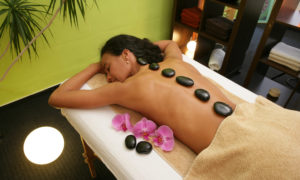 Vishuddha Zentrum Hot Stone Massage